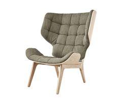 Sessel 'Mammoth', handgefertigt aus Eichenholz. in der 'Slim'-Variante mit Bepolsterung in Premium- oder Vintage Leder, in der 'Fluffy'-Variante mit..
