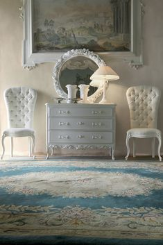 Discover the Classic Italian Rose and Ribbon Chest of Drawers at Juliettes Interiors… with beautiful antique silver rose handle detail and locking drawers. Luxury Bedroom Furniture, Home Furniture, Industrial Furniture, Bedroom Chest Of Drawers, Rich Home, Extra Rooms, Wooden Tops, Italian Furniture, Classic Italian