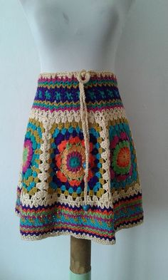 Moda Crochet, Crochet Yoke, Crochet Blouse, Crochet Poncho, Crochet Beach Dress, Crochet Skirts, Crochet Clothes, Crochet Bikini, Square Skirt