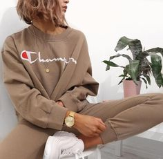 Champion beige sweatsuit sweatpants crewneck hoodie sweater sweatshirt mens watch white runners bob blonde indoor plant