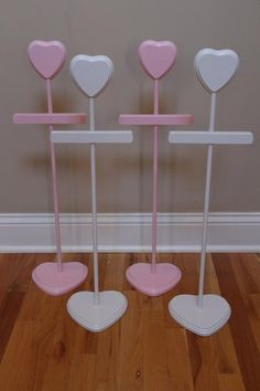 Dress Hanger - Baby Shower Centerpiece (Stacey Stands) - Fantastic and eye-catch. Dress Hanger - B Baby Shower Centerpieces, Baby Shower Decorations, Carnival Decorations, Tree Centerpieces, Baby Hangers, Dress Stand, Kids Wood, Baby Store, Baby Boutique