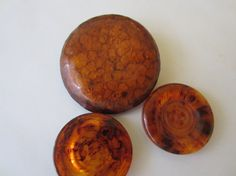 Vintage+Buttons+3+large+extra+large+tortoiseshell+by+pillowtalkswf,+$3.95