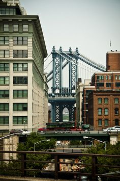 Manhattan bridge in #NYC