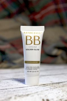 Interested in trying the Marcelle BB Cream Golden Glow? Check out my review for info on pigmentation, color, formula and more!