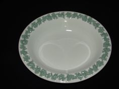 """Wedgwood Green Etruria Queensware Grapevine Leaf Oval Rare Serving Dish Bowl 10"""" #Wedgwood"""