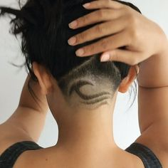 Older women hairstyle pictures 2015 best shag hairstyle platinum blonde hair at home,new style short haircuts cool bun. Undercut Hairstyles Women, Undercut Women, Cool Hairstyles, Updo Hairstyle, Wedding Hairstyles, Shaved Undercut, Undercut Long Hair, Girl Undercut, Haare Tattoo Designs