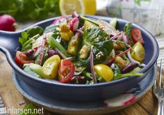 Bønnesalat med frisk mynte Vegetarian, Fruit, Projects, Recipes, Food, Log Projects, The Fruit, Meals, Eten