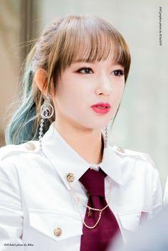 Yuehua Entertainment, Starship Entertainment, Kpop Girl Groups, Kpop Girls, Xuan Yi, Cheng Xiao, Kawaii, Pretty Asian, G Friend