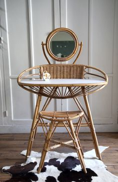 home office decor Rattan Furniture, French Furniture, Home Decor Furniture, Cheap Furniture, Living Room Furniture, Furniture Design, Furniture Dolly, Furniture Projects, Furniture Makeover