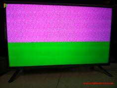 Televisor LG LED 32LB560B-SA-faixas coloridas na tela.