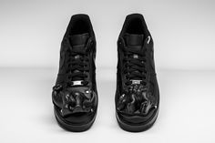 huge selection of d5504 63046 COMME des GARÇONS customized the Air Force 1 Low with a dinosaur mold-like  structure