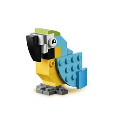 Free building instructions for LEGO® Classic toys Lego Duplo, Lego Design, Instructions Lego, Lego Therapy, Classic Lego, Classic Toys, Lego Challenge, Lego Club, Free Lego