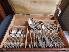 Ménagère Boulenger  35 pièces métal argenté Louis XV dans un écrin