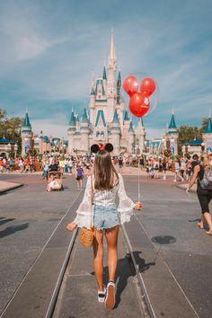 Girly Disneyland Paris Stil Walt Disney World / / Disney Style / / Disney Tee / / . Disneyland Photography, Disneyland Photos, Disneyland Outfits, Disney World Outfits, Disneyland Paris, Disneyland Outfit Summer, Cute Disney Outfits, Hongkong Disneyland Outfit, Disneyland Orlando