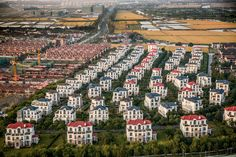 The Dong Dianhu Manor housing development west of Shanghai. Photograph by George Steinmetz