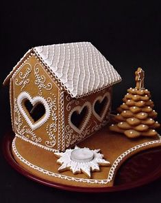 Gingerbread House Designs, Gingerbread Decorations, Christmas Gingerbread House, Gingerbread Cake, Christmas Candy, Gingerbread Houses, Xmas, Winter Party Foods, Ginger House