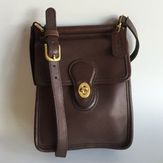    COACH    Vintage 90's #9930 Willis station bag In excellent vintage condition!!! Expect an old bag, it is from the 90's. There are Agee scratches on the back. Coach Bags Crossbody Bags