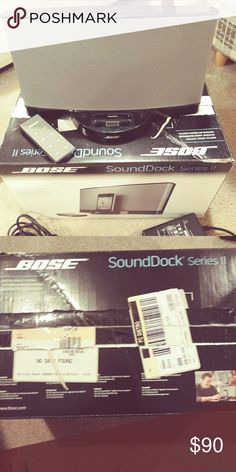 Bose SoundDock Series 11 Bose SoundDock Series 11 in mint condition. Only used a handful of times. In store $200 asking $110 but price is negotiable boss Other