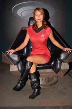 Nyota Uhura. Enterprise Radio-Communications Liutenant. Star Trek. Cosplayer: Ivette Maldonado 'akas' Ivy,Ivy95. From: Puerto Rico. Residence: Florida, US. Photo: MC Illusion 2013. Location: The John F. Kennedy Space Center.