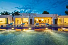 The beautiful pad costs USD $80,000 a week.