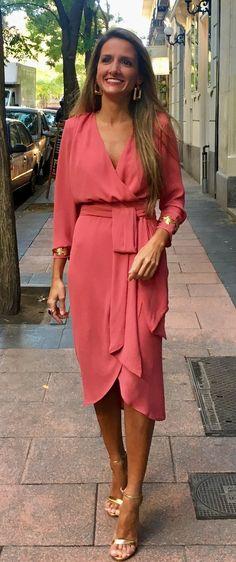 Vestido rosa quemado - Mode Tutorial and Ideas Mode Outfits, Dress Outfits, Fashion Dresses, Fashion Clothes, Casual Clothes, Pretty Dresses, Beautiful Dresses, Pink Dress, Dress Up