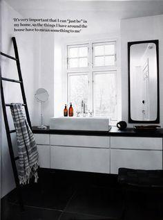 BLACKBIRD: BLACK+WHITE=LOVELY!!!