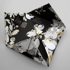 Construct – Gold foil paper fortune-teller invitation for Mulberry Fall 2011 show