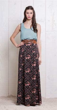 Somente na Antix Store você encontra a Long Boho Skirt exclusivamente na internet - Maxi Skirts - Saias Modest Fashion, Boho Fashion, Fashion Beauty, Fashion Dresses, Maxi Outfits, Casual Outfits, Cool Summer Outfits, Popular Outfits, Fashion Moda