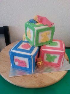 Baby shower playblocks cake