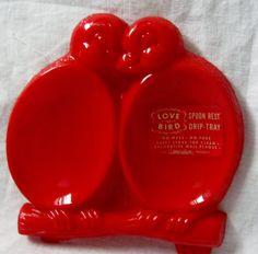 Vintage RED Plastic Lovebirds Spoon Rest 50s Kitchen.
