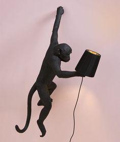 // Monkey Black Lighting