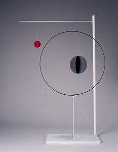 Find the latest shows, biography, and artworks for sale by Alexander Calder. American artist Alexander Calder changed the course of modern art by developing … Alexander Calder, Mobiles, Mobile Art, Kinetic Art, Art Sculpture, Art Abstrait, Wire Art, Art Plastique, Oeuvre D'art