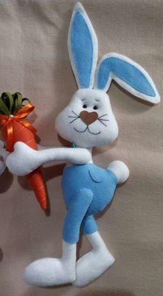 Felt Crafts Diy, Owl Crafts, Easter Crafts, Holiday Crafts, Fabric Crafts, Felt Bunny, Easter Pictures, Felt Decorations, Crafts To Make And Sell