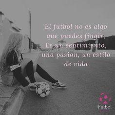 La imagen puede contener: una o varias personas y texto Messi Y Ronaldinho, Soccer Motivation, Football Quotes, Motivational Phrases, My Passion, Ronaldo, Real Madrid, Bff, Memes