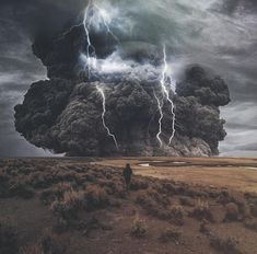 Weird Storm Clouds and Lightning. Image Nature, All Nature, Amazing Nature, Nature Pictures, Cool Pictures, Funny Pictures, Funny Images, Funny Pics, Fuerza Natural