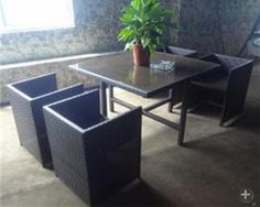Garden dining table and chair - wicker furniture HL-5S-15019  http://enjoygroup.en.alibaba.com/product/60302076596-209347042/Garden_dining_table_and_chair_wicker_furniture_HL_5S_15019.html