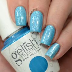Jessica shows off this fab textured mani she designed using her gifted  Gelish Soak-Off Gel Polish in No Filter Needed! Get #SelfieReadyNails using this salon-exclusive. Products were gifted as part of the Preen.Me VIP program together with Gelish.