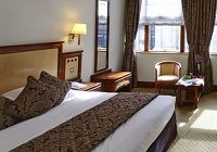 Top 12 Best London Family Hotels - 2017 Guide- Travel with Kids Travel With Kids, Family Travel, Family Hotels London, Best Location, Bed, Furniture, Home Decor, Homemade Home Decor, Stream Bed