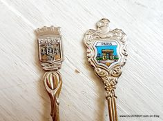 2 vtg Spoons PARIS and CALAIS collectible spoon from France Souvenir French spoons vintage K07/468