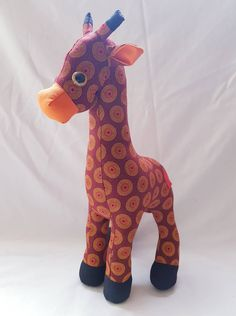 Giraffe Fabric, Giraffe Toy, Fabric Animals, African Elephant, African Animals, Soft Toys Making, Fabric Toys, Animal Projects, Baby Shower Gifts