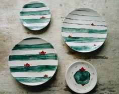Купить Тарелки с полосками - полоска, тарелка, Керамика, керамика дочери моряка, море, кораблик, синий