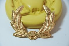 0233Laurel Wreath Silicone Rubber Food Safe by MasterMolds on Etsy, $7.00