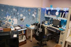 decorating ideas for work cubicles | Cubicle Christmas | Cubicle Christmas/ Office Decorating Contest