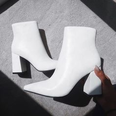 258f09781014 Find us a hotter boot.. we ll wait 🔥🔥   Shoe Show
