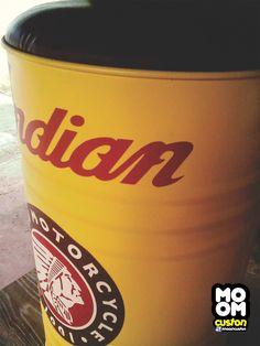 Banqueta Latão Indian Produzido por MOOMCustom Saiba mais em https://www.facebook.com/MoomCuston/