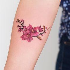 """8,722 curtidas, 105 comentários - Robson Carvalho Tattoo (@robcarvalhoart) no Instagram: """"Flor de Cerejeira da Verusa Galera, para quem está esperando uma resposta nos e-mails e whats,…"""""""