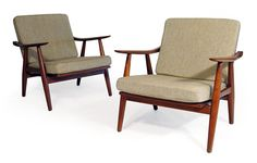 More Hans, more Occasional Chairs! I love the wheaten weave textile.