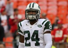 Jets' CB Darrelle Revis reportedly attacked and injured in Pittsburgh = Jets' cornerback Darrelle Revis has allegedly been injured after an assault in Pittsburgh. Revis played his college ball at Pitt. According to…..