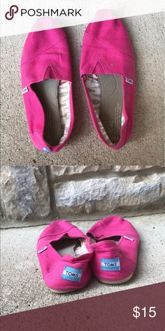 Pink TOMS pink toms in good condition TOMS Shoes Flats & Loafers