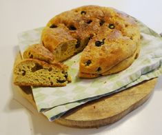 Hei! Dette hjemmelagete foccicia - brødet smakte helt nydelig, og var perfekt tilbehør til gulro...